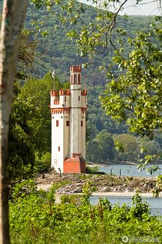 Mäuseturm (lighthouse), Bingen, Rhine River, Germany