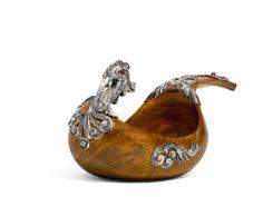 An Imperial Fabergé gem-set silver and wood kovsh, Moscow, 1899-1906 Estimate 19,977 - 26,636 USD LOT SOLD. 33,295 USD. 05/06/18     sotheby's l18113lot9szwjen