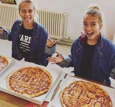 Lisa and Lena pizza