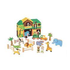Story : Box Safari JANOD : prix, avis & notation, livraison.  Ce set Safari entièrement en bois composé de figurines et d'un hôpital de brousse (Boite de rangement en carton rigide qui sert de décor 3D) permettra à votre enfant de s'inventer des histoires. Thème du Safari : 2 personnages + 9 animaux + 1 jeep et 1 remorque + 6 accessoires de décor Dimensions du décor : 27.5 x 21 x 5 cm
