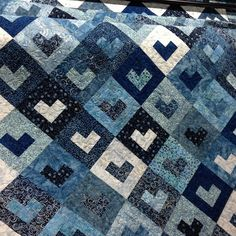 love this quilt - looks like a good use of those leftover Bali pop and jelly roll strips.