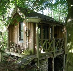 Tiny Monks Retreat by Dylan Hartley | Tiny House Living