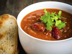 Art Smith's Three-Bean Turkey Chili: Art Smith, cookbook author and former personal chef to Oprah Winfrey, shares his healthy comfort-food recipes like this turkey. Vegetarian Recipes, Cooking Recipes, Healthy Recipes, Vegetarian Chili, Easy Recipes, Healthy Chili, Jewish Recipes, Vegetarian Cooking, Healthy Dishes