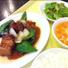 黒酢酢豚。