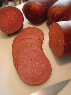 The Smoke Ring - how to make sweet lebanon bologna Sweet Bologna Recipe, Bologna Recipes, Chorizo, Homemade Bologna, Home Made Sausage, Sausage Making, Sour Cream, Charcuterie, Pennsylvania Dutch Recipes