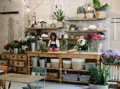 Risultati immagini per negozio fiorista