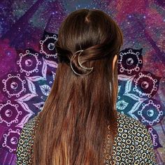 Hey, I found this really awesome Etsy listing at https://www.etsy.com/listing/276092030/silvergold-moon-hair-pin