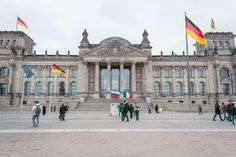 Berlin - 3 days guide to the hipster city with culture & travel tips – Reichstag, Pergamon Museum, Museum Island, Potsdamer Platz, East Side Gallery, Berlin Wall, History Museum, The Visitors