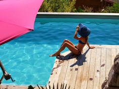 Sunny Summer on www.marieandmood.com  Swimming Pool Annecy - French blogger - Fashion blogger - Swimsuit - Summer - Sunny