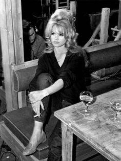 Brigitte Bardot... no one's hair is more perfect than hers! #CassyLondon #GirlCrush