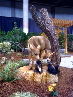 Don't remove that dead tree stump. Hire a chainsaw artist to turn it into a magnificent piece of yard art.