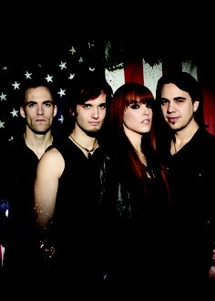 Lzzy Hale ✾ of Halestorm Rock Roll, Music Is Life, My Music, Lzzy Hale, Mayday Parade Lyrics, Video Game Music, The Jam Band, Women Of Rock, Halestorm
