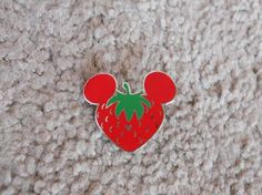 Hidden Mickey Completer Pin - Fruit - Strawberry *FREE SHIPPING*