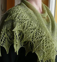 I wish I were clever enough (or patient enough) to knit this.  Beautiful.