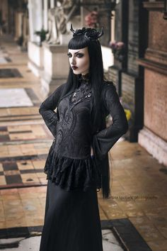 Model: Obsidian Kerttu Photo: Martina Špoljarić photography Blouse: Punkrave from The Gothic Shop Antlers: Hysteria Machine Lenses: SPECIALLENS™ Cosmetic Lens Center Welcome to Gothic and Amazing...