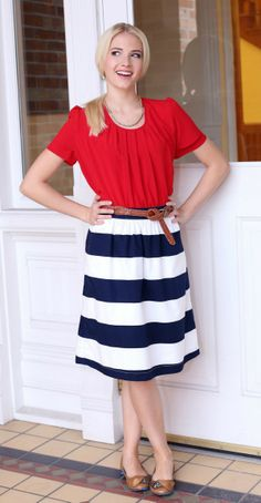 Modest 4th of July Outfits for Women! | themodestmomblog.com
