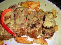 Ρολό με κιμά γεμιστό με μανιτάρια και πιπεριές