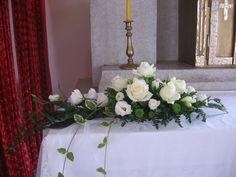 Svatební výzdoba kostela.