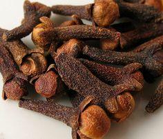 Los beneficios del clavo de olor y receta de aceite de clavo. - Vida Lúcida