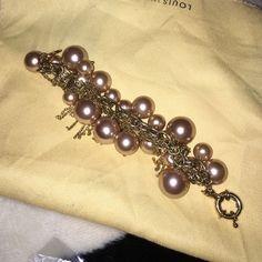 Gorgeous J Crew bracelet Pearl and gold J. Crew Jewelry Bracelets