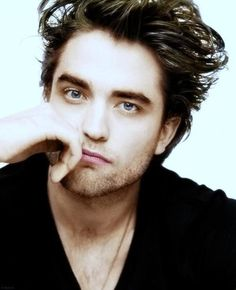 and this is why i'm team Edward. he's absolutely gorgeous. :)