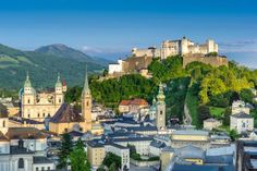 What to do in Salzburg in one day? We have the perfect suggestions for your day in Salzburg! Find out more about how to plan your day in Salzburg. Places To Travel, Places To See, Travel Destinations, Vienna Philharmonic, Hotels, Tourist Sites, Salzburg Austria, Countries To Visit, City Break