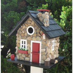 home-bazaar-cottage-charmer-series-windy-ridge-freestanding-bird-house_house-designs-for-windy-areas_home-decor_home-decorators-outlet-tuscan-decor-blog-office-rugs-peacock-vintage-primitive-tradition.jpg (2502×2502)