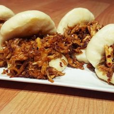 Gua bao de pollo con barbacoa oriental