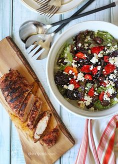 Summer parties and dining al fresco doesn't get more convenient than this – lean pork tenderloin seasoned with a quick, flavorful rub then grilled to perfection Skinny Recipes, Ww Recipes, Pork Recipes, Dinner Recipes, Cooking Recipes, Healthy Recipes, Skinnytaste Recipes, Fruit Recipes, Dinner Ideas