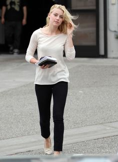 Amber Heard shift of gear to low maintenance chic <3
