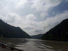 Zum Donauparadies Gierlinger.  Bick von der Fähre aus. Restaurant, River, Mountains, Nature, Outdoor, Paradise, Outdoors, Diner Restaurant, Restaurants