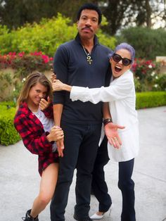 Lionel Richie On Khloe Kardashian Paternity Rumors: Singer Calls Kardashians His 'Kids' Khloe Kardashian, Sofia Richie, Nicole Richie, Susan Sontag, Lionel Richie, Hip Hop Artists, Famous Faces, Her Style, Amor