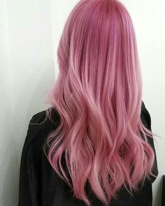 Pastel Pink Hair l + 60 Coloring Ideas to Do Today hair - Ombre Hair Cute Hair Colors, Ombre Hair Color, Cool Hair Color, Brown Hair Colors, Pastel Pink Hair, Long Pink Hair, Bright Pink Hair, Dye My Hair, Grunge Hair