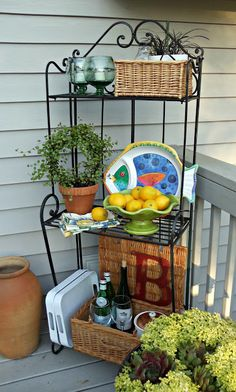 Jeanne Sammons Shows Off The Galvanized Watering Cans And Star In