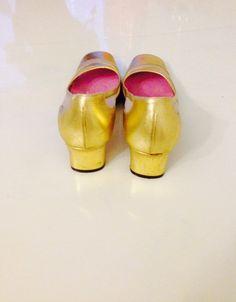 Martini osvaldo Vintage Gold Leather Sling Back by GarderobeCoco, ₪120.00