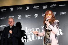 セブン&アイ・ホールディングス(以下、セブン&アイ)が9月30日、デザイナーのジャンポール・ゴルチエ(Jean Paul Gaultier)とコラボレーションしたコレクション「Jean Paul GAULTIER FOR SEPT PREMIÈRES」を港区のフランス大使館で披露した。【ゴルチエ唯一のプレタポルテ セブン&アイとの協業コレクション初披露 】
