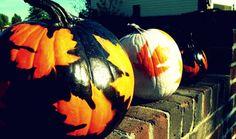Leaves + Spray Paint = Gorgeous Pumpkins!
