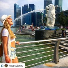 #Repost @happyyjenny Thirsty drinking from the Merlion's mouth in Marina Bay Singapore  Sed bebiendo agua de la boca del Merlion en Marina Bay Singapur.  #iamtb #mytravelgram #travelgram #viajes #viaje #viajar #singapore #singapur #marinabay #asia #travel #traveler #traveller #traveling #travelling #travelgram #mytravelgram #wanderlust #instatravel #instatraveler #asia by travelbloggeres