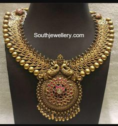 Ethnic Antique Set with Peacock Pendant Bridal Jewelry, Jewelry Gifts, Gold Jewelry, Handmade Jewellery, Jewelry Pouches, Key Jewelry, Quartz Jewelry, Jewellery Shops, Jewellery Box