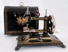 Antique Muller? German Childs Toy Cast Iron Miniature Sewing Machine W/ Case