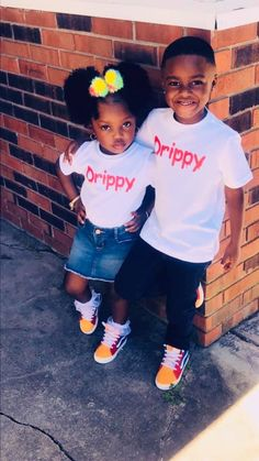 Siblings Goals, Family Goals, Lightskin Babies, Relationship Goals, Relationships, Kid Outfits, Cute Kids Fashion, Pretty Baby, Triplets
