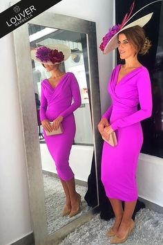 Simple Mother of the Bride Dresses 2019 Below Knee Length Women Long Sleeves V-Neck Fuchsia vestido de madrinha farsali farsali – fashion Kentucky Derby Outfit, Kentucky Derby Fashion, Derby Outfits, Races Outfit, Dress Silhouette, Party Gowns, Party Dress, Looks Style, Mode Style