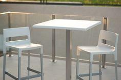 Mobiliario para hosteleria de exterior e interior