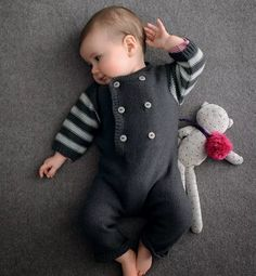 Pull Bebe Baby Cardigan Knit Baby Pants Knitted Baby Clothes Baby Knits Knitting For Kids Baby Boy Knitting Patterns Baby Boutique Layette Baby Knitting Patterns, Knitting Blogs, Knitting For Kids, Baby Patterns, Knit Baby Pants, Knitted Baby Clothes, Baby Boy Newborn, Baby Kids, Tricot Simple
