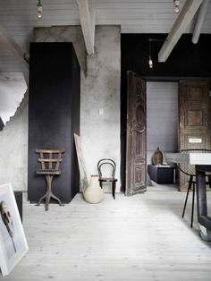 K R i S P I N T E R I O R |  Modern rustic, vintage and industrial in grey shades