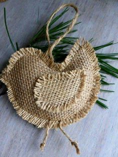 Burlap Crafts Ideas For Christmas! by Vinita ❤❤ - Musely Hessian Crafts, Burlap Christmas Decorations, Burlap Ornaments, Twine Crafts, Bird Christmas Ornaments, Bird Crafts, Handmade Christmas, Burlap Flowers, Burlap Ribbon
