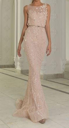 Non-traditional wedding dresses from Abed Mahfouz's winter 2015 haute couture collection. traditional wedding dresses winter Colorful Wedding Dress Ideas from Abed Mahfouz Beautiful Gowns, Beautiful Outfits, Lebanese Wedding Dress, Evening Dresses, Prom Dresses, Afternoon Dresses, Flapper Dresses, Dresses 2014, Long Dresses