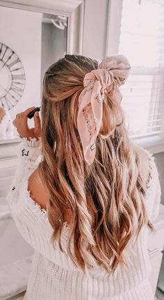 Hair Best Ponytail Hairstyles (fast and easy) - Inspired Beauty Teen Hairstyles, Scarf Hairstyles, Pretty Hairstyles, Blonde Hairstyles, Simple Hairstyles, Layered Hairstyles, Celebrity Hairstyles, Wedding Hairstyles, Hair Scarf Styles