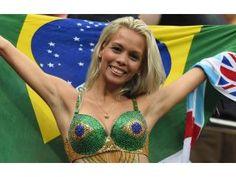 Brazil vs Germany - World Cup Picks & Predictions Hot Football Fans, Football Girls, Soccer Fans, Lionel Messi, Brazil Vs Germany, Brazil Brazil, Hot Fan, Soccer Stadium, Hot Cheerleaders