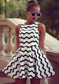 White Wave Striped P